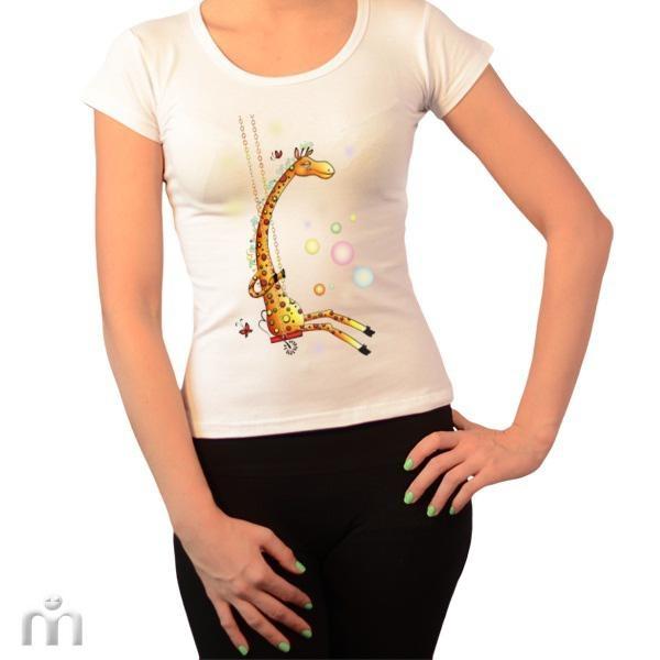 Купить Женская футболка «Жираф на качелях»